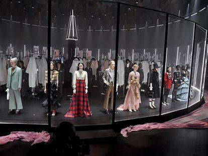 El desfile de Gucci durante la semana de la moda de Milán, el pasado febrero.