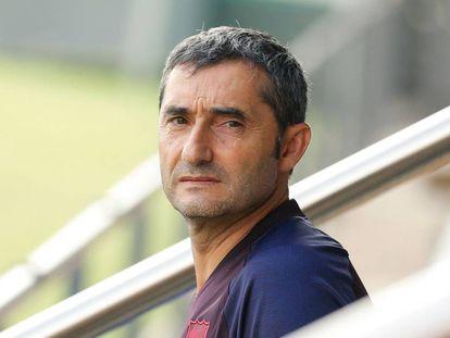 Valverde, en el entranamiento de la mañana del Barcelona.