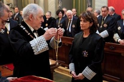 Jura del cargo como nueva fiscal general del Estado de Dolores Delgado el pasado febrero.