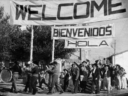 Berlanga ya avisó en 'Bienvenido Mr. Marshall' (1953) que los españoles con el lenguaje somos muy nuestros.