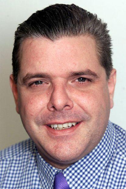 Sean Hoare.