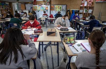 Alumnos de un centro público de Valencia.