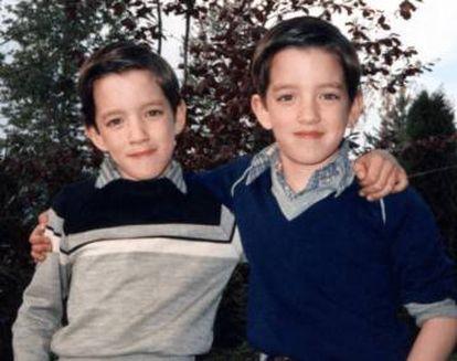 Drew y Jonathan Scott de niños. Sus padres no sabían que iban a tener gemelos. |