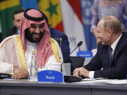 Bin Salmán bromea con Putin, este viernes en el G20.