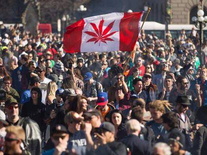 Manifestación por la legalización de la marihuana en Canadá.