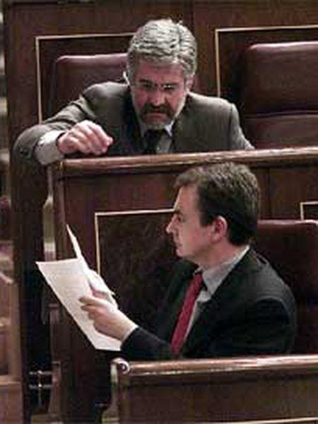 José Luis Rodríguez Zapatero habla durante la sesión con Manuel Marín.