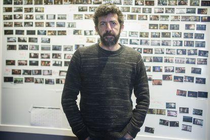 El director de cine andaluz Alberto Rodríguez, en su estudio de Sevilla.