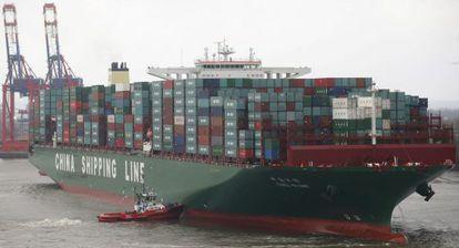 El barco contenedor más grande del mundo, el CSCL Globe.