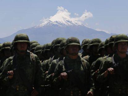 Soldados en Puebla, en el centro de México.