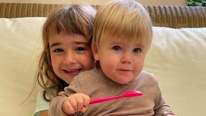 Olivia y Anna, las dos hermanas secuestras por su padre desde el 27 de abril en Tenerife.