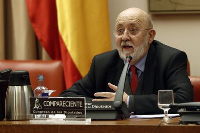 El presidente del CIS, José Félix Tezanos, el pasado 5 de noviembre en una comparecencia en el Congreso de los Diputados. EFE/ Mariscal POOL