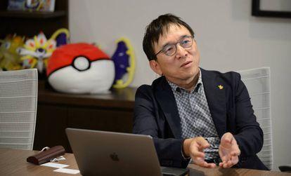 Tsunekazu Ishihara, presidente de The Pokémon Company, durante una entrevista en Tokio.