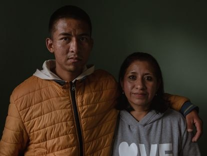 Uriel y Jovita Núñez, en su vivienda de San Salvador Atenco, en el Estado de México, el 2 de Julio del 2021.