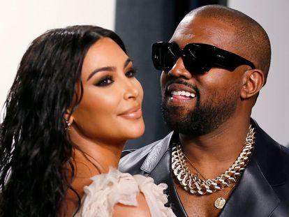 Kim Kardashian y Kanye West, en la fiesta celebrada por 'Vanity Fair' después de los Oscar de 2020.