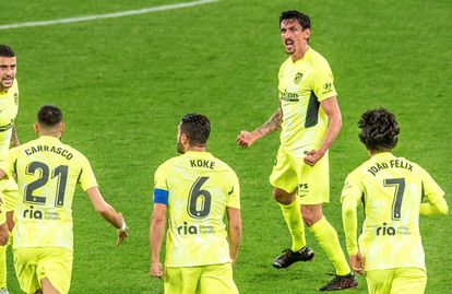 Stefan Savic celebra el gol que marcó en el  Athletic-Atlético disputado el pasado 25 de abril en San Mamés. EFE/Javier Zorrilla