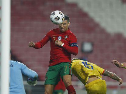 Cristiano Ronaldo anota su gol a Andorra.