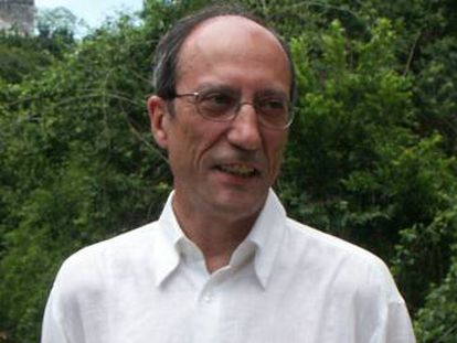 Manuel Perez Ledesma, editor y profesor.