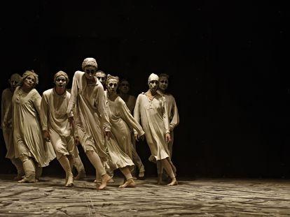 Escena de la obra 'May B' Maguy Marin.