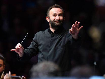 El director de orquesta ruso Kirill Petrenko, en plena actuación.