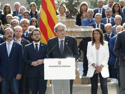 Lectura del manifiesto 'Compromiso de octubre' en el Palau de la Generalitat, en el segundo aniversario del referéndum ilegal.