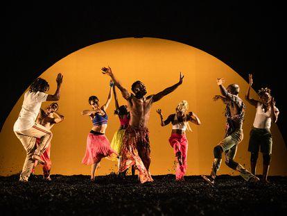 Una imagen de 'Wakatt', una de las propuestas de danza teatro del Grec.