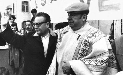 El expresidente de Chlie,Salvador Allende, y el poeta Pablo Neruda