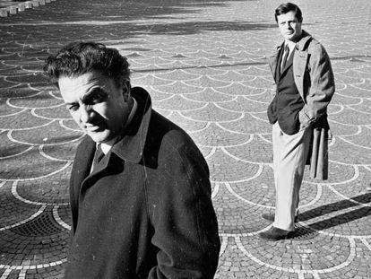 Federico Fellini con Marcello Mastroianni en Roma en 1962. En vídeo, su obra en 8 películas (y 1/2).