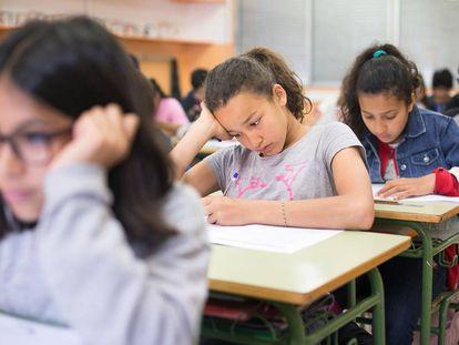 Alumnos de primaria en una escuela de Barcelona.