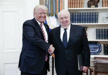 Trump con el embajador Kislyak este miércoles en el Despacho Oval