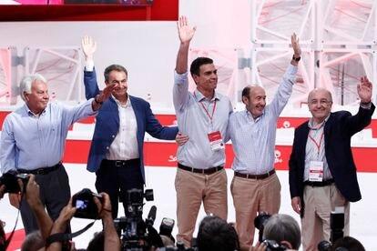 González, Zapatero, Sánchez, Rubalcaba y Almunia en el Congreso Extraordinario del PSOE de 2014.