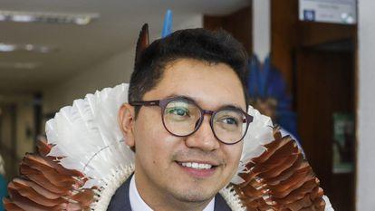 El abogado indígena Eloy Terena, que ha elaborado la denuncia por genocidio contra Bolsonaro, en una imagen facilitada por la asociación APIB.