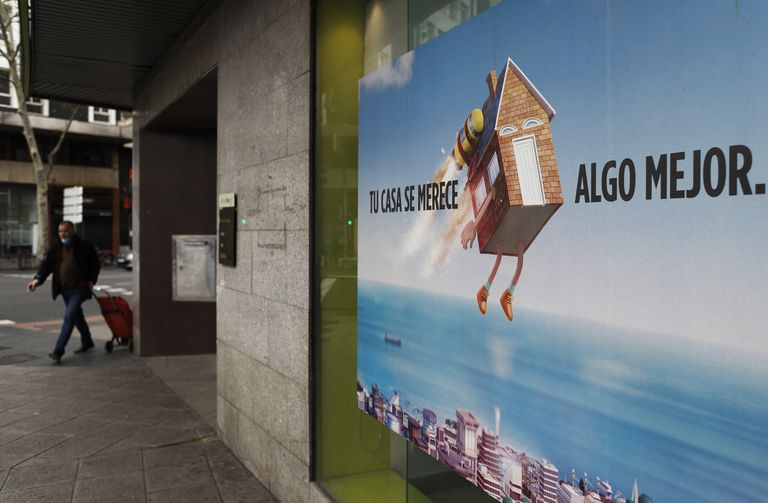 Un anuncio sobre hipotecas, la pasada semana en Madrid.