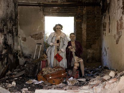 Selu Nieto y Esther Alonso protagonizan 'Dolores. Con las alas del amor salté la tapia', que se estrena en la Sala Cuarta Pared. GENTE BASTARDA