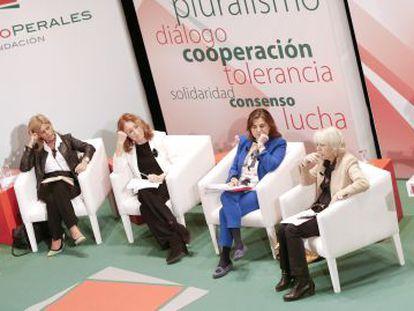 La presidenta de la Junta, Susana Díaz, durante su intervención en el foro El liderazgo social de las mujeres.