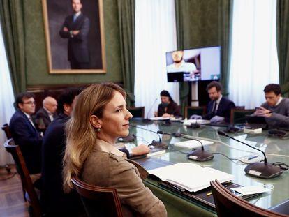 Cayetana Álvarez de Toledo, a su llegada a una reunión de la Mesa y portavoces de la Comisión para la Reconstrucción Social y Económica, el pasado martes en el Congreso de los Diputados, en Madrid.