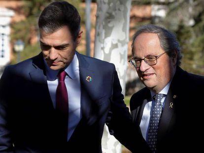 El presidente del Gobierno, Pedro Sánchez, junto al de la Generalitat, Quim Torra, este miércoles en La Moncloa.