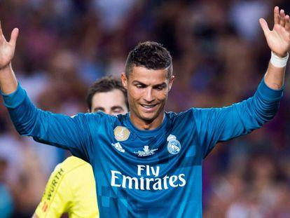 Cristiano Ronaldo tras ser expulsado ante el Barcelona.