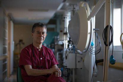 El doctor López Santamaría realizó el primer trasplante multivisceral pediátrico de España, una operación complejísima que en España solo se realiza en el Hospital Universitario La Paz.