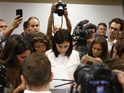La ministra de Sanidad, el lunes en rueda de prensa.