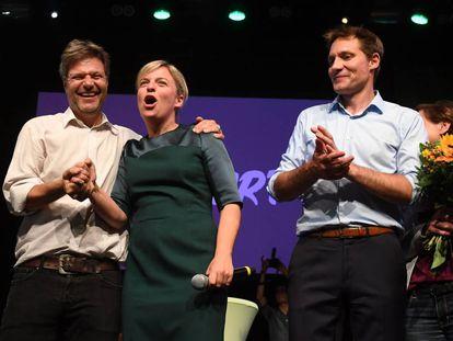 Katharina Schulze, junto a otros líderes de los Verdes la noche del domingo.