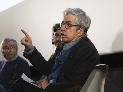 El guionista Juan Antonio Porto, en la Academia de Cine el año pasado en un encuentro sobre 'Beltenebros'.