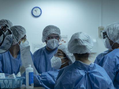 Personal sanitario en el Hospital Juárez de México, en noviembre de 2020.