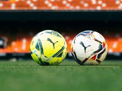 Balones de fútbol conformados por pentágonos y hexágonos.