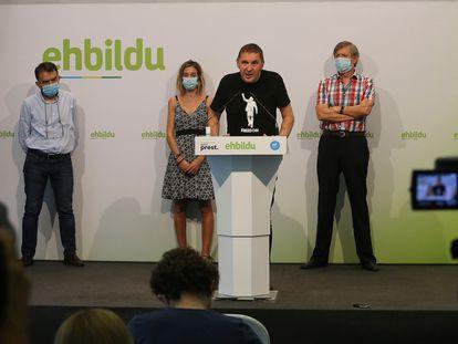 El coordinador de EH Bildu, Arnaldo Otegi, en una comparecencia este sábado en San Sebastián para valorar la sentencia del 'caso Bateragune'.