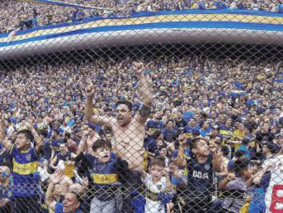Maradona arremete contra la Conmebol