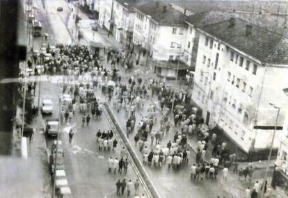 La única fotografía de los acontecimientos del 10 de marzo de 1972 en Ferrol. La imagen es cedida por la Fundación 10 de Marzo de CC OO.