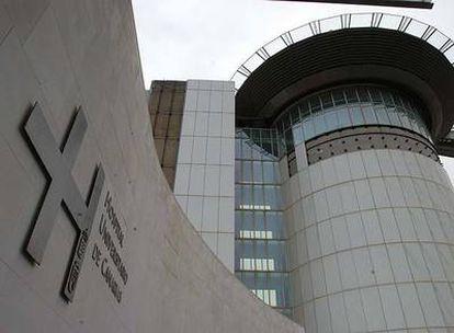 Fachada del hospital Universitario de Canarias, uno de los dos grandes centros públicos de Tenerife.