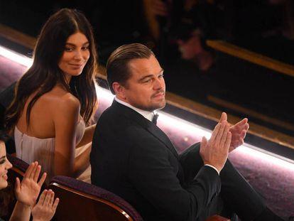 Leonardo DiCaprio, con Camil Morrone. En vídeo, resumen de la gala.
