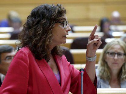 La ministra de Hacienda, María Jesús Montero, la semana pasada en el Senado.