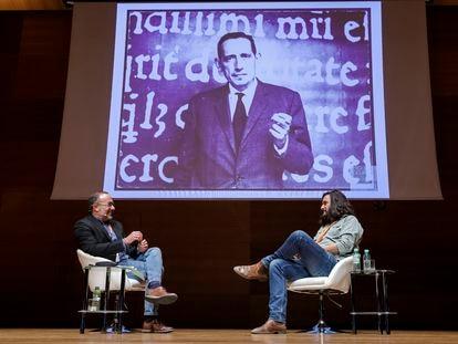 Manuel Jabois (derecha) y Jesús Marchamalo en el I Congreso Internacional Miguel Delibes, el jueves 7.
